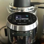 Naši partneri to myslia s kvalitou kávy vážne. Preto používame len tie najlepšie mašiny #mazzermajorv #goppioncaffè #victoriaarduino